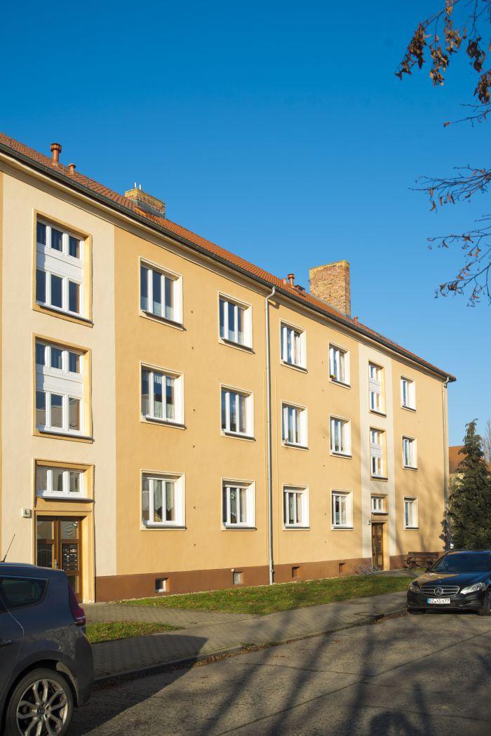 Pestalozzistraße 4a